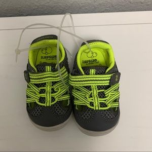 Surprise by Strife Rite infant shoe size 5